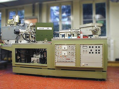 VG ZAB-2F double-focusing magnetic sector instrument