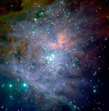 Der Trapez-Haufen im Sternbild Orion, aufgenommen mit dem Hubble-Weltraumteleskop bei infraroten Wellenlängen. Die Abbildung auf Seite 11 zeigt eine fingerförmige Dunkelwolke im Sternbild Adler, ebenfalls aufgenommen mit dem Hubble-Weltraumteleskop.